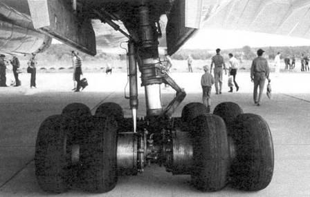 шасси серийного Ту-144